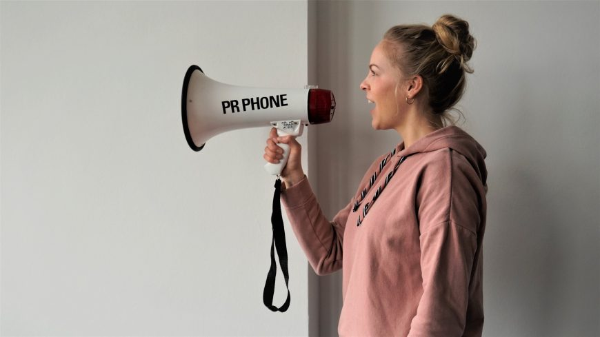Insolvenz droht? Kommunikation nicht vergessen!